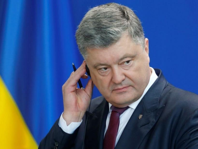 Порошенко прокомментировал новые санкции Кремля