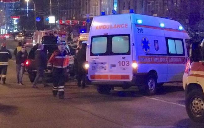 В Киеве в результате ДТП парализовано движение на Шулявском путепроводе
