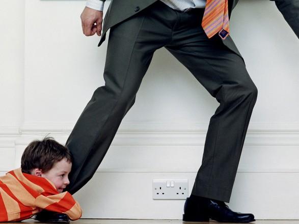 Из-за долгов за алименты 12 тыс. родителей объявили в розыск