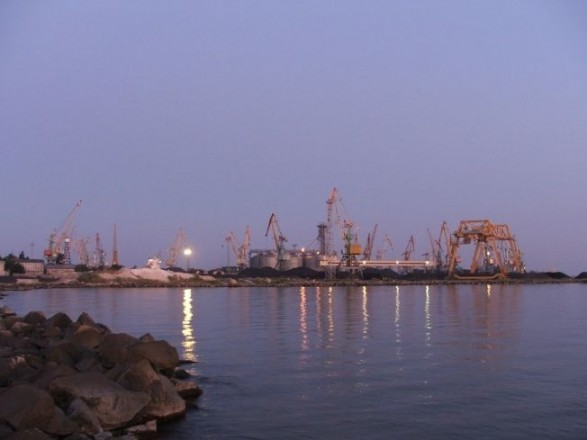 Россия заблокировала украинские порты Мариуполь и Бердянск