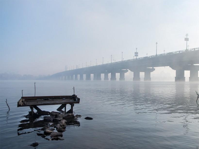 На мосту Патона ограничат движение в направлении Левого берега (ФОТО)