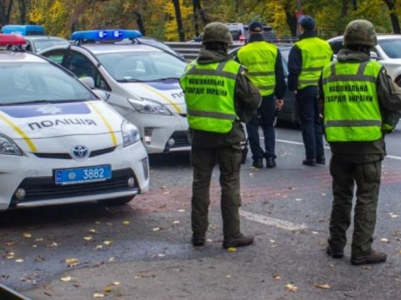 В Киеве водитель на джипе сбил пенсионера, затолкал его в машину и увез: объявлен план «Перехват»
