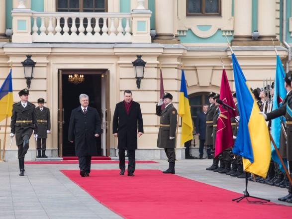 Украина и Латвия скоординировали позицию по противодействию гибридной агрессии РФ