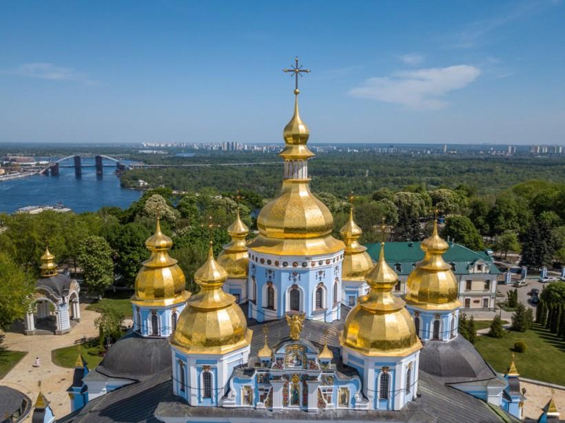 Д. Разумков: «Церковь не может быть единой, она может быть поместной»