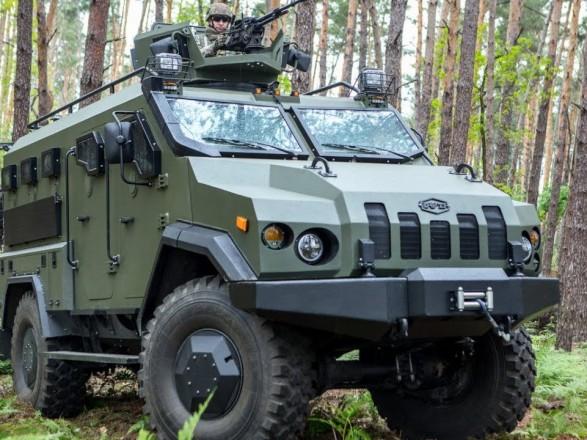 """Вооруженные силы получили очередную партию бронированных автомобилей """"Варта"""""""