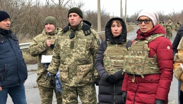 Из оккупированного Донбасса привезли 42 заключенных
