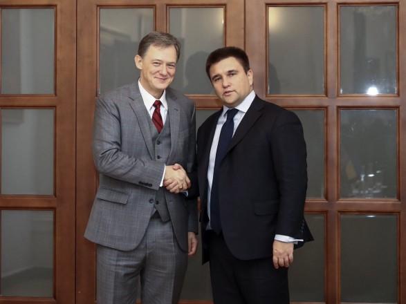 В Киев приехал заместитель госсекретаря США