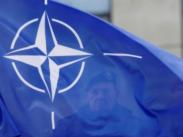 В НАТО отреагировали на возможное развертывание боевых самолетов РФ в Крыму
