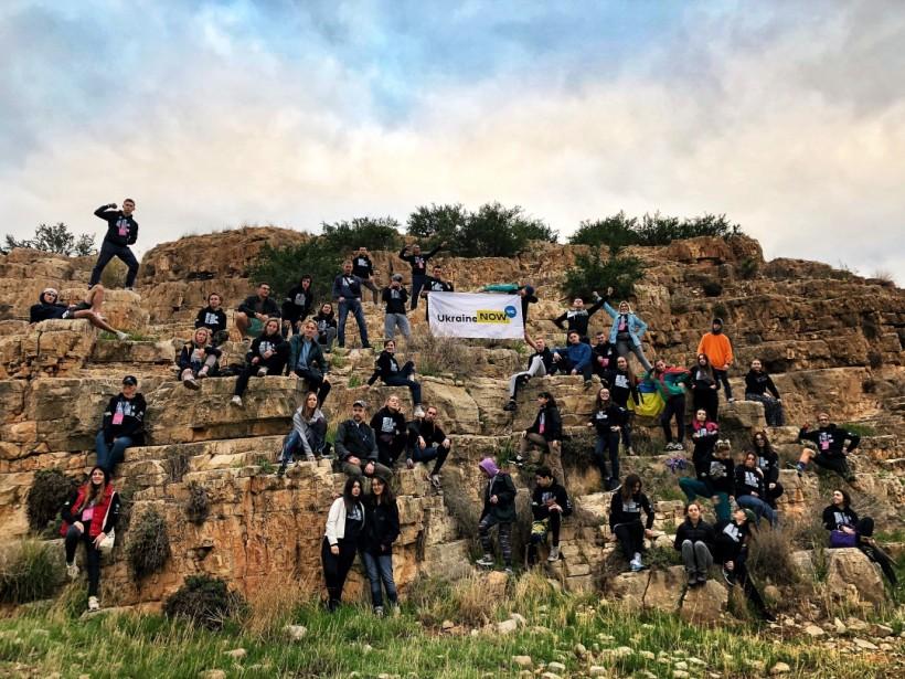 Студенты из академии лидерства знакомят израильтян с современной Украиной