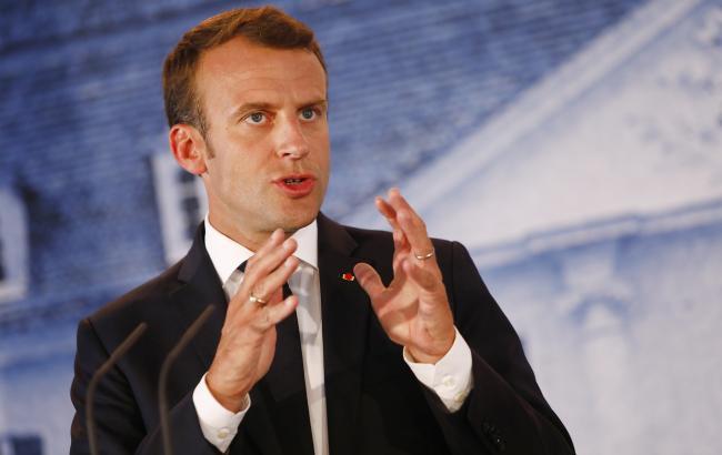 Протесты во Франции: Макрон предложит меры по налаживанию диалога