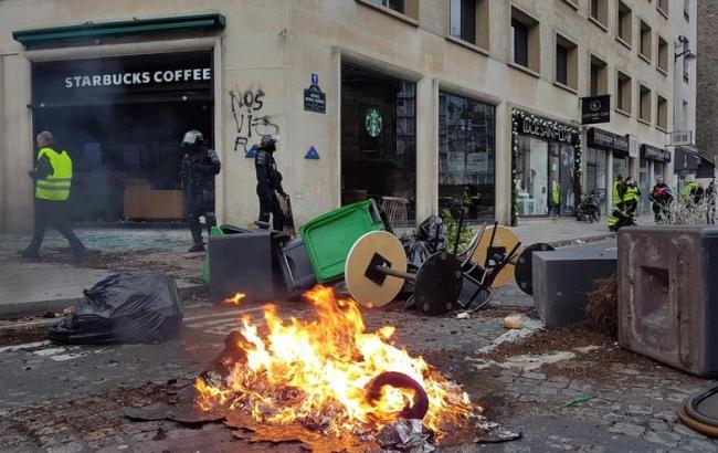 Протесты в Париже: ранены около 30 человек
