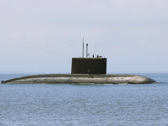 Подводные лодки флота РФ проводят учения у побережья Крыма