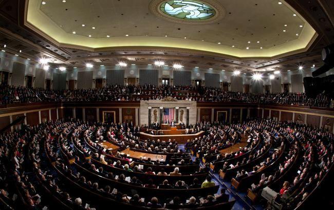 Сенат США одобрил временный бюджет