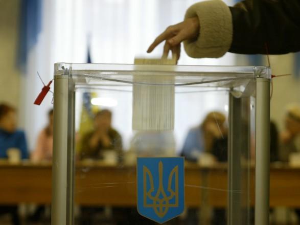 В 78 территориальных общинах сегодня проходят первые местные выборы