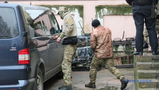Уже 19 захваченных Россией украинских моряков назвали себя военнопленными - 21 декабря 2018