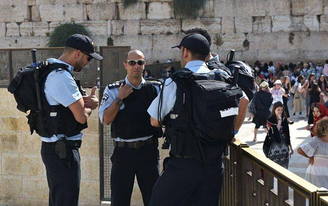 """В Израиле начались протесты """"желтых жилетов"""""""