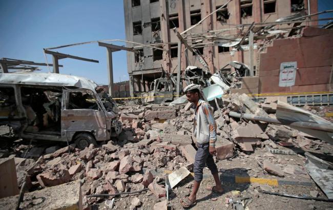 Стороны конфликта в Йемене на переговорах договорились возобновить работу аэропорта Сана