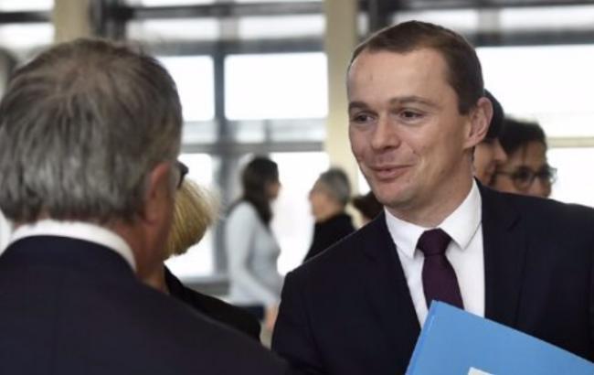 Во Франции оценили расходы из-за введения режима ЧП