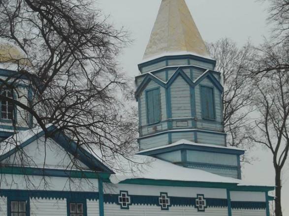 Уже вторая община не пустила в церковь священников УПЦ МП