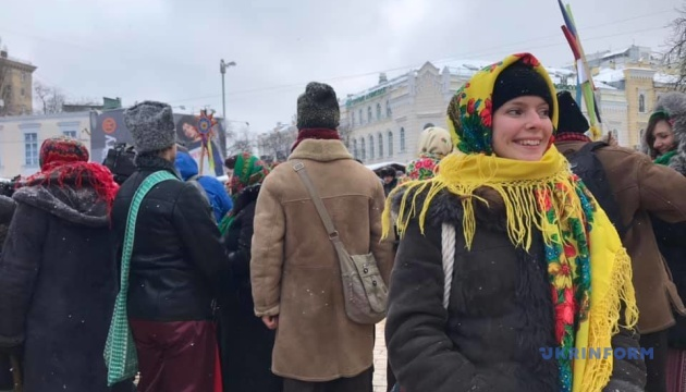 «Спасибо за Томос!»: украинцы празднуют на Софийской площади