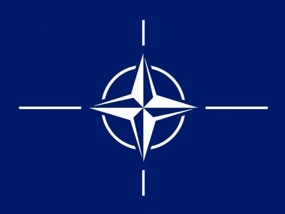 НАТО продолжит давить на Россию относительно конфликта с Украиной - Столтенберг