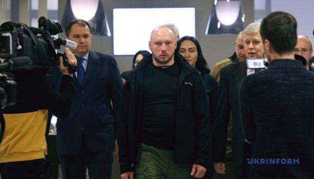 Вернувшийся из иранской тюрьмы моряк Новичков вновь готовится в рейс