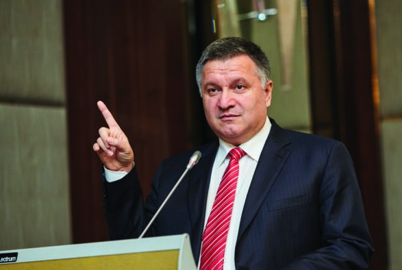 Аваков заверил, что МВД не допустит кибератак на базы ЦИК