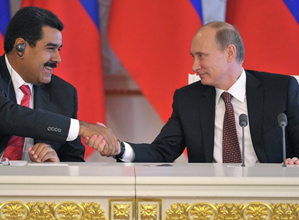 Нефтяные компании Венесуэлы переводят банковские счета своих предприятий в российский банк