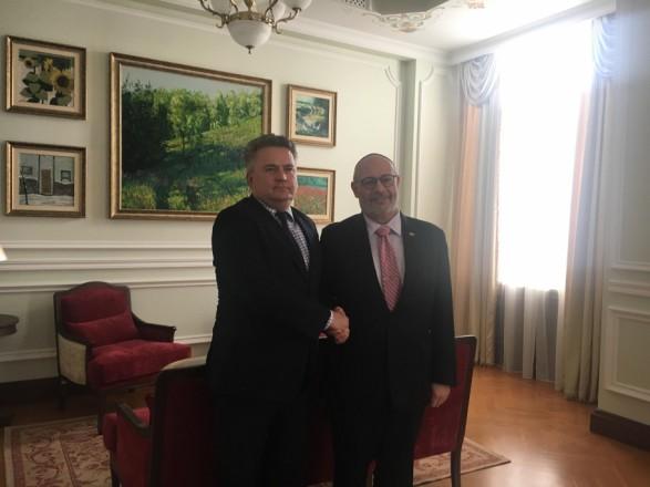 МИД: дипломаты обсудили безопасность путешествий в Украину и Израиль