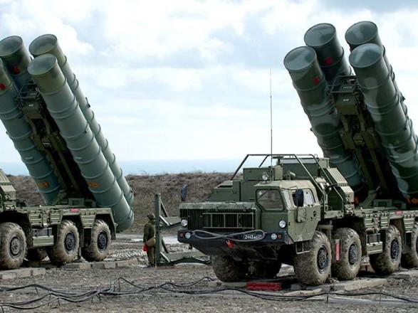 Россия провела учения с комплексами С-400 в оккупированном Крыму