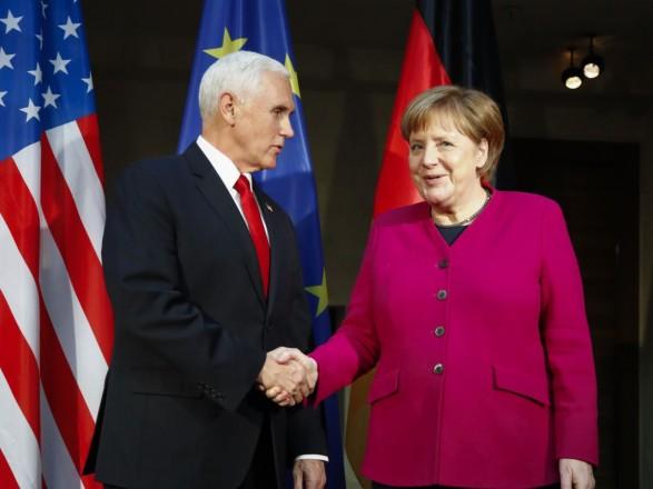 Вице-президент США отклонил призыв Меркель к сотрудничеству с Россией
