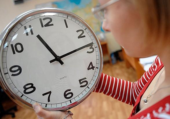 """Европарламент одобрил отказ от перевода часов на """"летнее"""" и """"зимнее"""" время"""