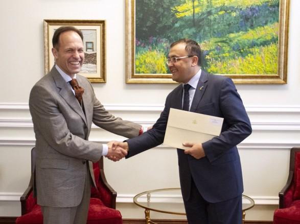 В МИД приняли верительные грамоты от болгарского посла