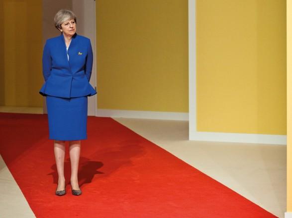 Несколько министров кабинета Мэй могут уйти в отставку на фоне споров о Brexit