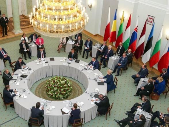 Девять стран НАТО выразили обеспокоенность напряженностью на Азове