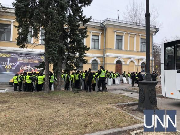 Столичная полиция пообещала реагировать на провокации во время акций