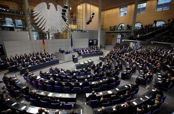 В Бундестаге готовят новую стратегию по Донбассу