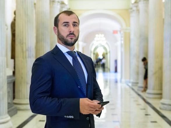 Депутат Рыбалка пытается откреститься от семейного бизнеса