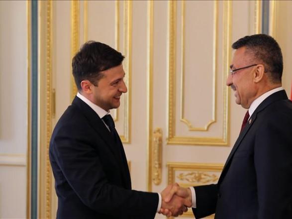 Зеленский договорился с вице-президентом Турции об увеличении товарооборота до 10 млрд долларов