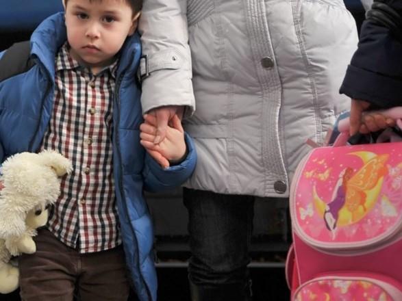 Правительство усилило соцзащиту детей переселенцев
