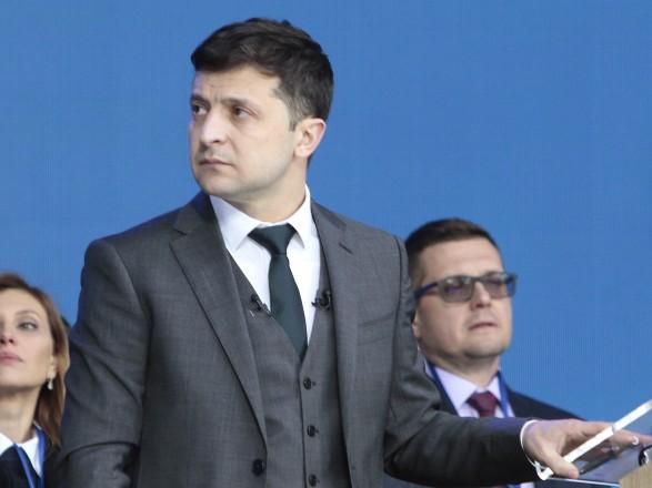У Зеленского сообщили, когда назовут кандидатов на должности руководителей МИД и Минобороны