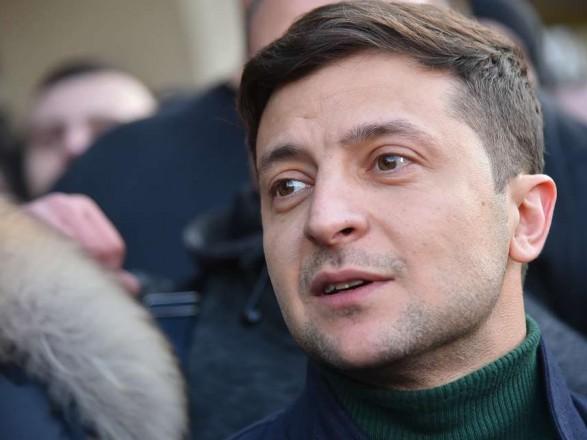 Зеленский: призываю МВД не принимать меры против протестующих, которые не нарушают порядок