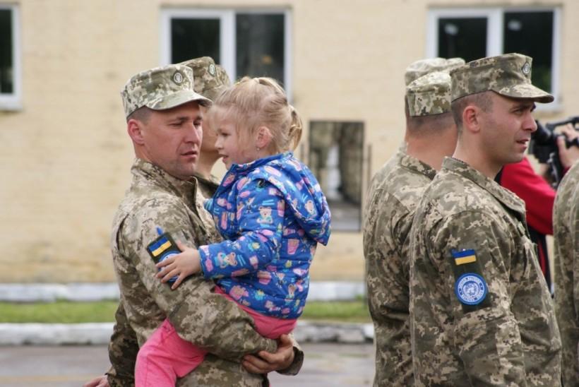 Украинские миротворцы десятой ротации улетели в Конго