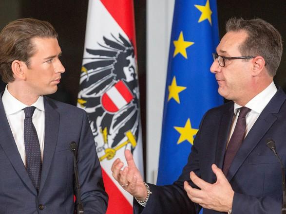 Канцлер Австрии предлагает досрочные выборы из-за скандального видео