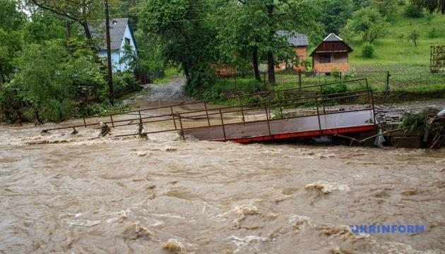 Из-за наводнений на западе Украины собирается штаб ГСЧС