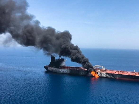 Тегеран вызвал британского посла после обвинений в атаке на танкеры в заливе Омана