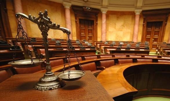 Суд перенес заседание по иску Коломойского к НБУ и ПриватБанку на 7 июня