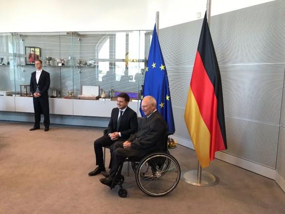 Владимир Зеленский провел встречу с президентом немецкого Бундестага