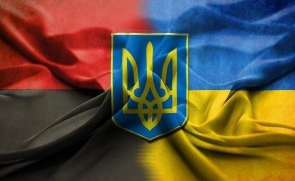 Украина стремится к окончательному решению вопроса по восстановлению памятников в Польше - Розенко