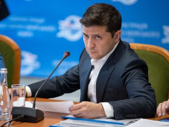 """Зеленский планирует попросить Гройсмана уволить главу """"Укртрансбезопасности"""""""